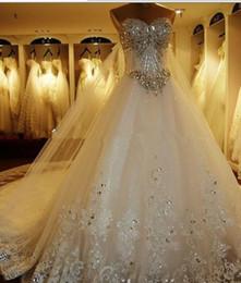 Vestidos de boda de monarca online-La venta caliente 2017 cariño de lujo pestañas gruesas apliques de encaje por encargo una línea nupcial más el tamaño vestidos de novia Monarch Train