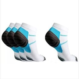Wholesale Pain Socks - Men Sports Socks Veins Compression Socks The Spurs For Plantar Fasiitis Hosiery Arch Pain Thermoskin FXT Plantar Fasciitis Anklet Hot A2401