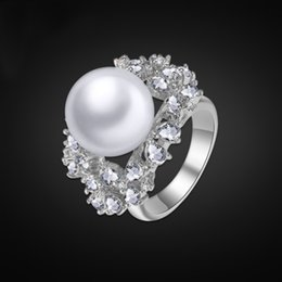 Wholesale Three Stone Pearl Ring - Top Quality Platinum Diamond Ring Austrian Crystals Midi Rings Designer Bridal Jewelry Sets Mother Pearl Wedding Ring Free Gift Box