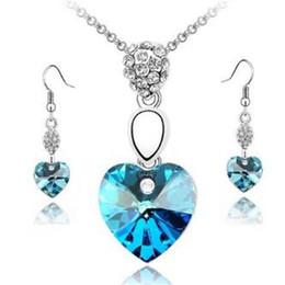 Wholesale Ocean Heart Jewelry Sets - Crystal Heart Ocean Necklaces Sets Pendant Stud Earrings Austrian Crystal Charms Pendant Necklace Set Korean Jewelry Factory Direct Sale