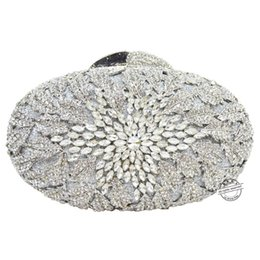 Wholesale Crystal Flower Clutch Purse - Wholesale- Silver clutch evening bags women Luxury Diamond Crystal flower party Purse Diamond handbags chain crystal clutch bag SC79