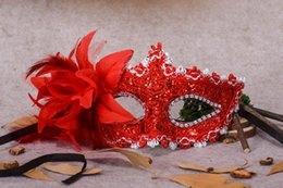 Wholesale Lily Flower For Masks - 2017 Breath Venetian Lace Rhinestone Souvenir Lily Flower Princess Party Halloween Party Pair of Feather Mask