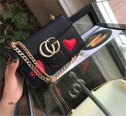 Wholesale Red Heart Shapes - women bag heart-shaped shoulder bag high quality women small messenger bags brand leather Vintage bag chains handbag NEW