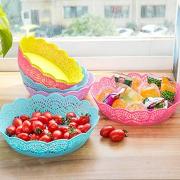 Wholesale Wholesale Plastic Cake Plates - Hollow Plastic Cake Plate Fruits Dish Candy Storage Basket High Quality 2 Sizes 4 Colors Eco Friendly