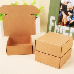 Wholesale Good Recycling - Wholesale-2015 Natural Kraft paper gift box for wedding,birthday and Christmas party gift ideas,good quality for cookie candy,28 styles