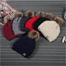 Wholesale Wholesale Cotton Knitting Yarn - Unisex CC Trendy Hats Winter Knitted Fur Poms Beanie Label Fedora Luxury Cable Slouchy Skull Caps Fashion Leisure Beanie Outdoor Hats YYA205