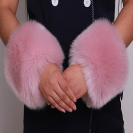 Wholesale Wristband Fur - Wholesale- 1PC Women's Soft Faux Fox Fur Cuff Warmer Wristband Fur Fluffy Warm Cuff Solid Color Clothing Accessories Black White Red S4966