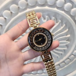 Wholesale 2017 Fashion Women Watch Big Dial Special Design New Model Lady Wristwatch Steel Gold Color with box