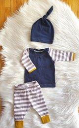Wholesale Kids Christmas Outfits Cheap - 2016 Ins Newborn Baby Boy Girl Christmas Sets Long Sleeve Top+Pants+Hat 3pcs Cotton Outfit cheap high quality kids Set