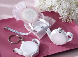 Wholesale Teapot Wedding Favors Gifts - Wedding Favors and Gift Love is Brewing Teapot Measuring Tape Keychain Party Favor Souvenir LLFA