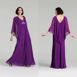 Árabe elegante caftan abayas on-line-Elegante baratos Kaftan Abaya Árabe Vestidos 2020 Chiffon A Linha plissadas com grânulos Longo Formal Plus Size Mãe da Noiva Vestidos personalizado