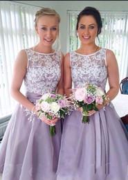Wholesale Bride Maids Wedding Dresses - Vintage Tea Length Lace Bridesmaid Dress Appliques Scoop Neck Lavender Bride Maid Dresses Blue Pink Organza Wedding Party Gowns