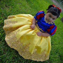 Wholesale Snow Ball Wedding - Lovely Snow White Girls Birthday Dress Baby Girl Mini Pageant Dresses Jewel Neck Half Sleeves Golden Appliques Princess Flower Girls Dresses