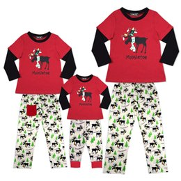 Wholesale Wholesale Matching Winter Sets - New Christmas scarf reindeer Pajamas set Pyjamas Sleepwear Family Matching Outfits Mother Kids Daddy Son Homewear European America 2017