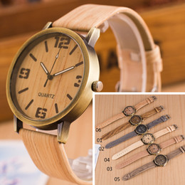 Wholesale Casual Fashion For Women - Luxury watches the latest Wristwatches fashion watch wood watches for men and women in Roman multicolor casual fashion watches 777