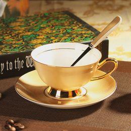 Wholesale Ceramic Coffee Mug Sets - 2017 Fashion Royal Bone China British Black Tea Cup Luxurious Ceramic Coffee Cups And Mugs ZCP-523