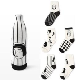 Wholesale Winter Head Socks - Wholesale- Japanese Winter Man Woman Head Face Striped Cotton Women Socks Funny cartoon Plaid Creative Novelty Black White Couple Socks