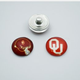 Wholesale Sport Bracelet Team - 20pcs NCAA Oklahoma Sports Team Glass Button Snaps Jewelry Fit For 18MM Good Quality Charm Bracelet