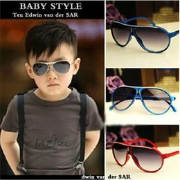 Wholesale Free Pc For Children - Baby Sunglass Children Beach Supplies protective eyewear Kids sunglasses for boys Girls sunshades kids aviator Free shipping withoutboxE1001