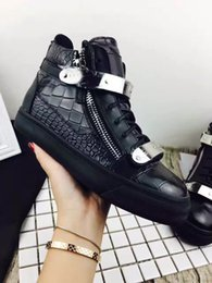 Wholesale New Court Style - new Men and women New 3 style 100% genuine leather Top quality shoes grain pattern High help flats shoes Real leather shoes