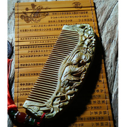 Wholesale Carve Wooden Comb - High Quality Hair Brushes Clips Hair Accessories Argentina Green Sandalwood Carved Wooden Comb No Static DHL Fedex Fast Shipping