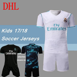 Wholesale Thailand Jersey Wholesalers - DHL-2017 2018 kids Real madrid soccer Jerseys New Font RONALDO white Black JAMES BALE RAMOS ISCO MODRIC football shirt Thailand Quality