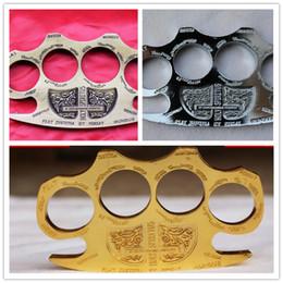 Punch button HELL DETECTIVE CONSTANTINE BRASS KNUCKLE DUSTERS GOLD Potente daño Equipo de seguridad de autodefensa anillo dedo tigre herramientas desde fabricantes