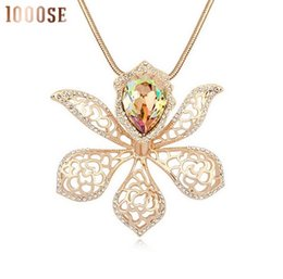 Wholesale Long Crystal Necklace Swarovski - 2017 new A genuine SWAROVSKI crystal elements -- the sweater chain dream flower high-end Long Necklace sale