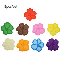 Wholesale Patches Flower Clothing - 9 pcs set Flowers patches badges for clothing iron embroidered patch applique iron on patches sewing accessories for DIY clothes