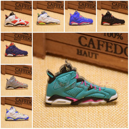 Wholesale Plastic Photo Key Rings - Novelty Basketball Shoes Sneakers Keyrings Charm Key Chain Rings 20 Styles Fashion Sneakers Keychains Hanging Accessories C90L