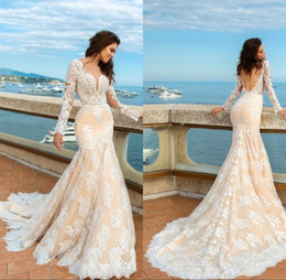Wholesale long sleeve fitted wedding gowns - 2017 Designer Champagne Mermaid Lace Wedding Dresses Long Sleeves Beach Boho Elegant Backless Fitted Sweetheart Bridal Gowns