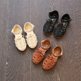 Wholesale Gladiator Sandal Crochet - Girls hollow out sandals Children hollow weave star sandals girls bow buckles shoes kids pu leather shoe kids beach princess footwear JC275