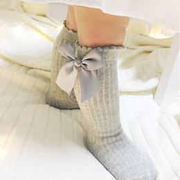 Wholesale Wholesale Girls White Tube Socks - Baby Girls Knee High Socks Kids Children Cute Lace Bows Princess Leg Warmers Solid Cotton Girl Long Tube White Socks 2-4years