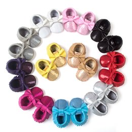 Wholesale Bright Color Shoes - 11 Color Baby bowknot paillette moccasins soft sole PU leather first walker shoes baby newborn Bright gold bowknot toddler shoes