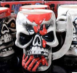 Tazze cranio pirata online-Skeleton Skull Mugs Ceramic Personality Porcelain Cup The Vikings Sea Mug Rover Pirate Cups Semi Artificial Bone 8 5hf R