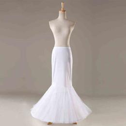 Anáguas pretas on-line-2020 Tulle Mermaid Petticoat saia Hoop Branco Preto Petticoats para o casamento real Amostra de alta qualidade Acessórios nupcial baratos em stock