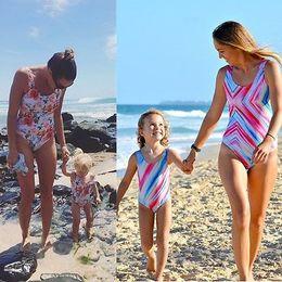 Wholesale Kids Swimsuit Separates - Family swimwear One-Piece Suits 2017 Summer Kid Girl Women's Printed Swimwear One Piece parent-child Swimsuit Separates Set