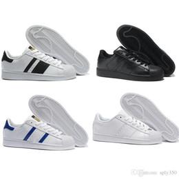 Wholesale punk fabrics - 2017 Wholesale Men & Women Designer Women Trainers Breathable Runs Casual shoes chaussure Lace-up Superstar men shoes classic shoes