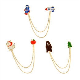 Wholesale Indian Style Decor - Cute 3 Style Chain Tassel Brooch Astronaut Bear Wolf Collar Shirt Pin Jacket Denim Handbag Decor