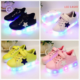Wholesale Free Patterns Children - Free shipping 2017 spring fashion star pattern casual led shoes light children girls flat feet sole rubber cheap china wholesale 4 colors
