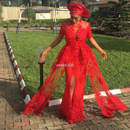 Vestidos de las mujeres nigerianas online-Hot Red Nigerian Front Split Vestidos de noche Mangas cortas Apliques de encaje largos Mujeres africanas Vestidos para ocasiones especiales Vestido de fiesta