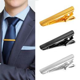 Wholesale Vertical Gold - U7 Classic Vertical Stripes Necktie Pin Tie Clips for Men High Quality Gold Platinum Black Gun Plated Tie Clip for Business Men TC1939