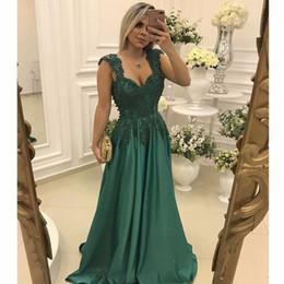 a9afc14d1 Los vestidos de noche más vendidos 2017 verde oscuro Sweetheart apliques de  perlas con cuentas de encaje espalda baja una línea de vestidos de baile  2017