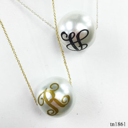 Wholesale Monogram Necklaces Wholesale - Hottest Sale Trendy Monogram 16mm Pearl Wholesale Christmas Gift Jewelry For Women Fashion Pendant Printed Letter Pendant Necklace