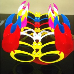 Wholesale Birthday Party Sunglasses - 2017 New Colorful Crab Sunglasses Kids Boys Girls Summer Glasses Eyewear Birthday Party Favors Gift