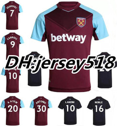 Wholesale 17 West Ham United home soccer jersey FEGHOULI CARROLL SAKHO AYEW PAYET Top Thai quality West Ham United football shirt