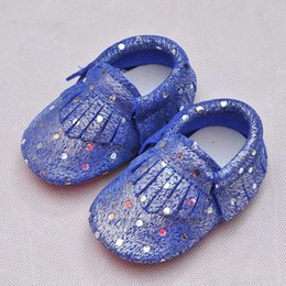 Wholesale infant shoes gold - Infant Moccasins Gold Dots Genuine Leather High Quality Cow Leather Soft Sole Infant Shoes First Walker WJ823