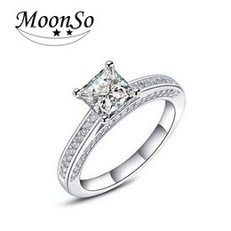 Wholesale Emerald 925 Silver Rings - Moonso Hot! Real 925 Sterling Silver Wedding Engagement Ring 1.5 Emerald Princess Cut CZ Diamond Jewelry Wholesale R645