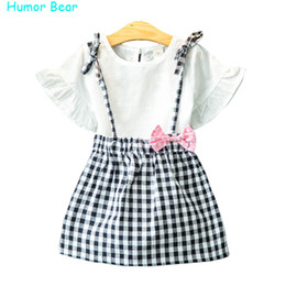 Wholesale toddler boys shorts pattern - Wholesale- Humor Bear Girls Clothes 2016 Brand Girls Clothing Sets Kids Clothes Bowknot Pattern Toddler Girl Tops+Skirt 2PCS Suit 3-7Y