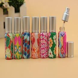 Argentina 50 unids / lote Venta al por mayor 8 ml Parfum Pump Polymer Clay Glass Botella de perfume vacía Fimo Spray Botella de perfume con tapas de aluminio Suministro